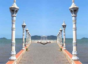 Dock to Rabbit island in Kep