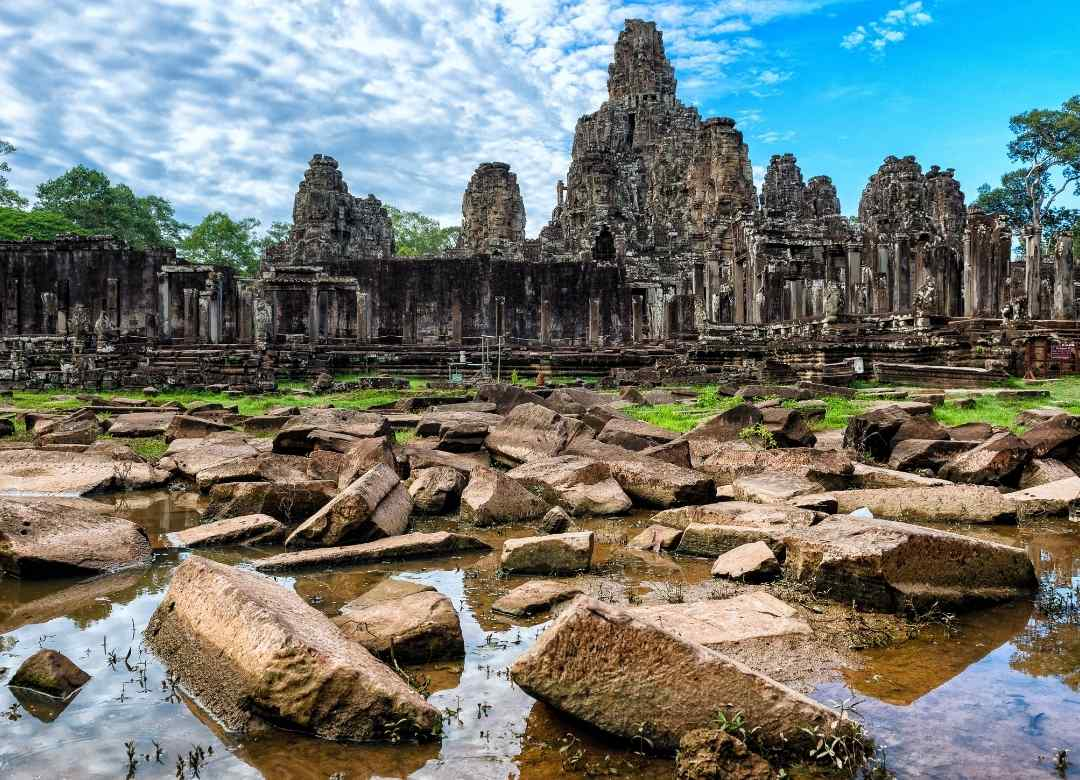 Bayon temple renovation developing as planned