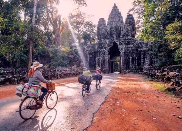 Temple & Capital Highlights Tour Package (5)