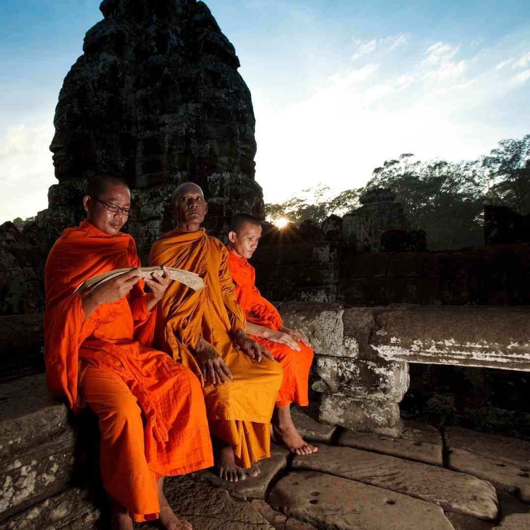 Temple & Capital Highlights Tour Package